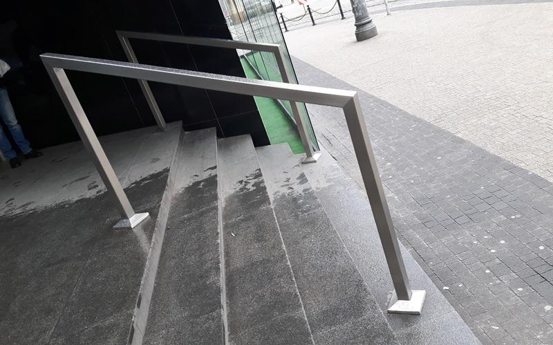 balustrada-aluminiowa-800x500